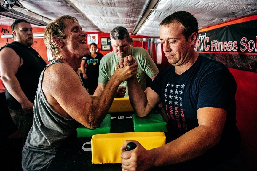 Finding the best workout for arm wrestling • Social-Fluency